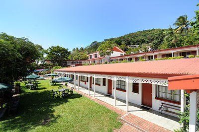 Seaview-Motel-Outside-01